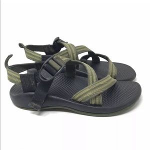 Chaco Green Unisex Size 4 Boys Girls Sandals